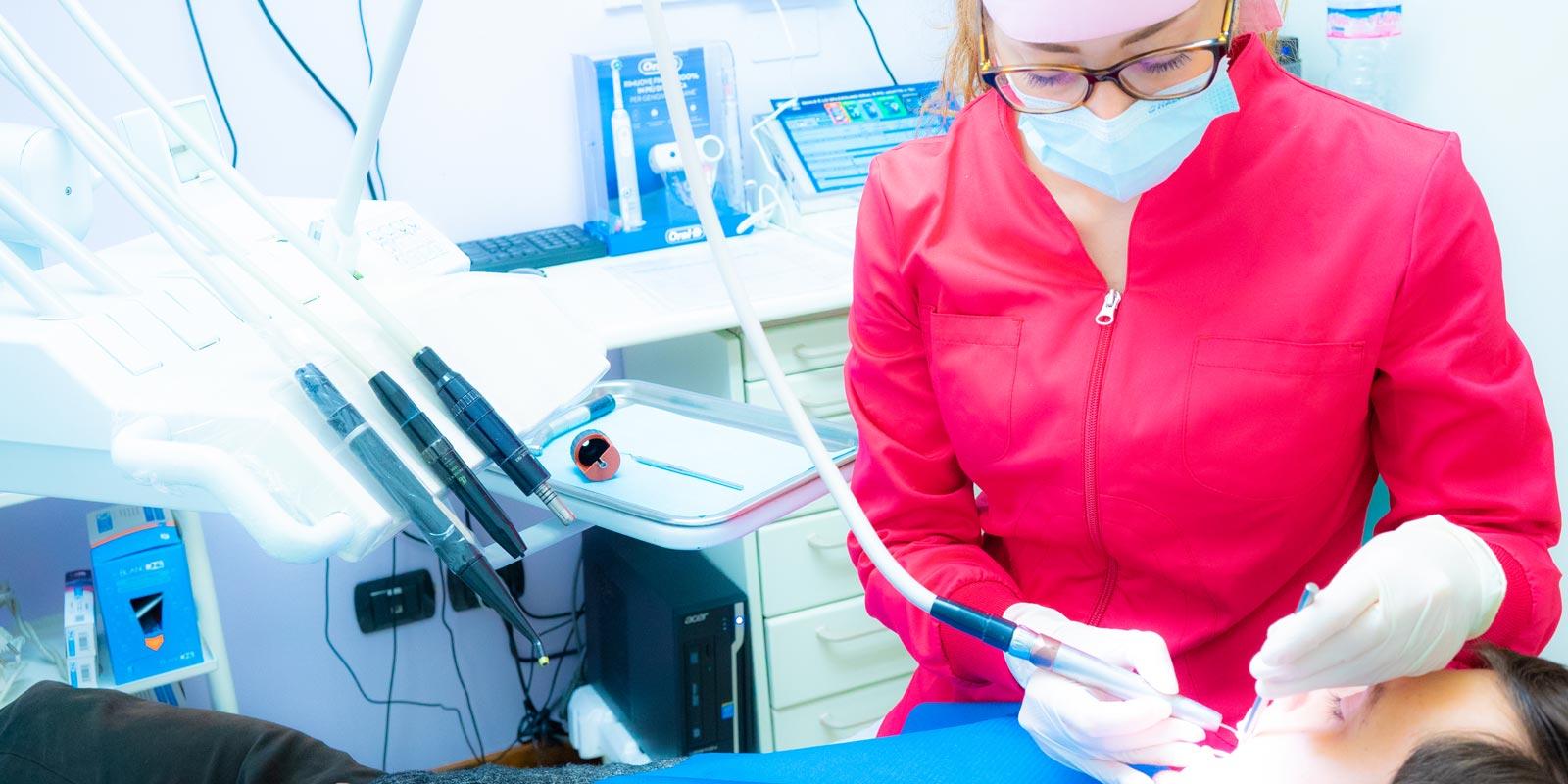 studio-dentistico-dottor-gola-casteggio-odontoiatria-pavia-dentista-implantologia-ortodonzia-protesi-chirurgia-55