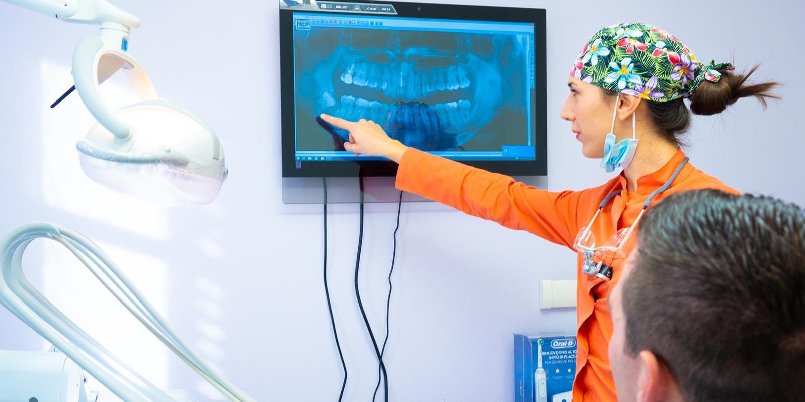 studio-dentistico-dottor-gola-casteggio-odontoiatria-pavia-dentista-implantologia-ortodonzia-protesi-chirurgia-63