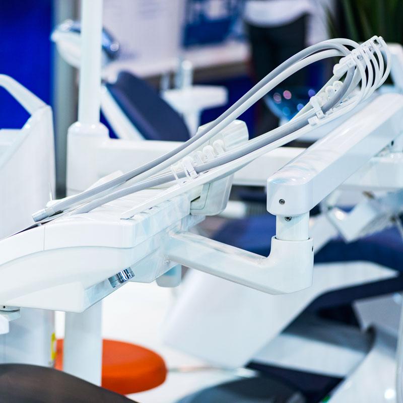 ascesso-dentale-tipologie-sintomi-cause-terapie-studio-dentistico-dottor-gola-dentista-casteggio-1