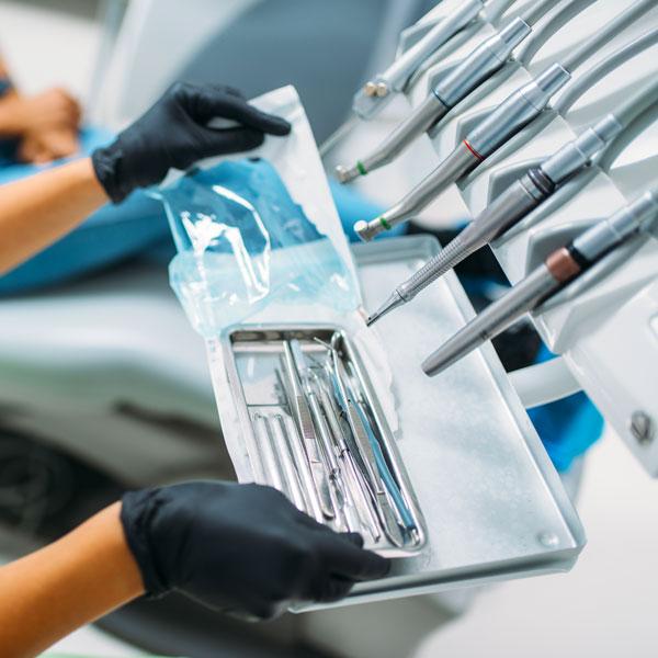Diabete-Parodontite-relazioni-tra-due-patologieo-studio-dentistico-gola-dentista-casteggio-1