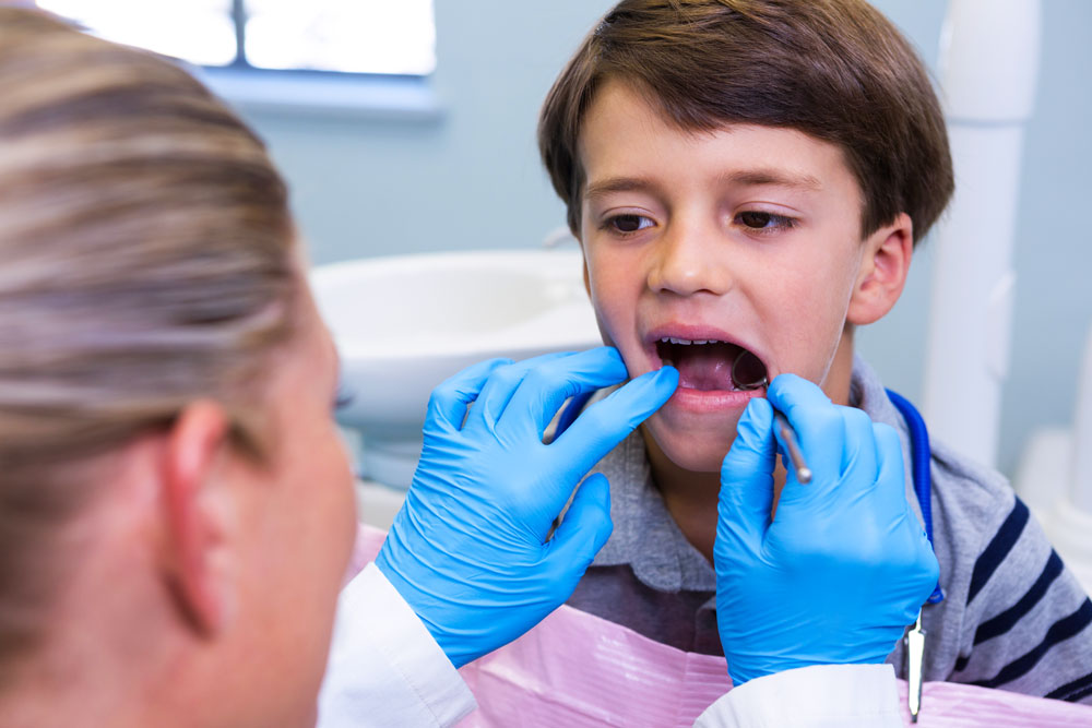 Traumi-denti-da-latte-tipologie-terapia-studio-dentistico-gola-dentista-casteggio-3