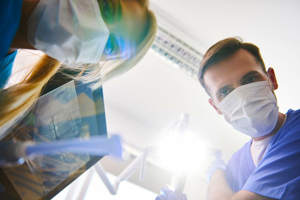 Sindrome-dente-incrinato-studio-dentistico-gola-dentista-casteggio-3