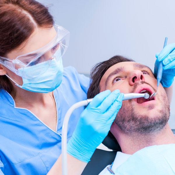 Sindrome-dente-incrinato-studio-dentistico-gola-dentista-casteggio-4